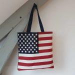 Sac cabas avec le motif drapeau americain ou stars and stripes
