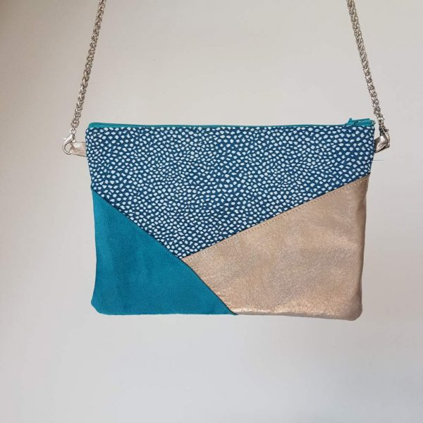 Petite pochette pour femme cousue main turquoise et argent