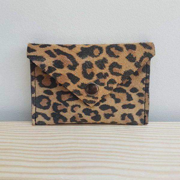 pochette carte bancaire en cuir leopard