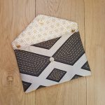 pochette-mariage-geometrique-suedine-beige-gris-20210211-2
