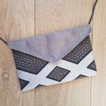 pochette-sac-mariage-geometrique-suedine-beige-gris-20210211-3