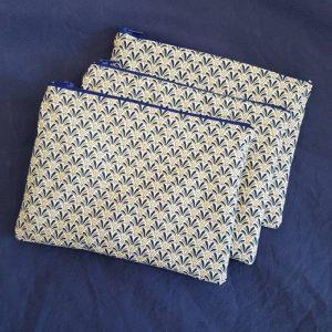 trousse pochette en tissu japonais motif éventail bleu
