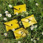 mini-pochette-cuir-jaune